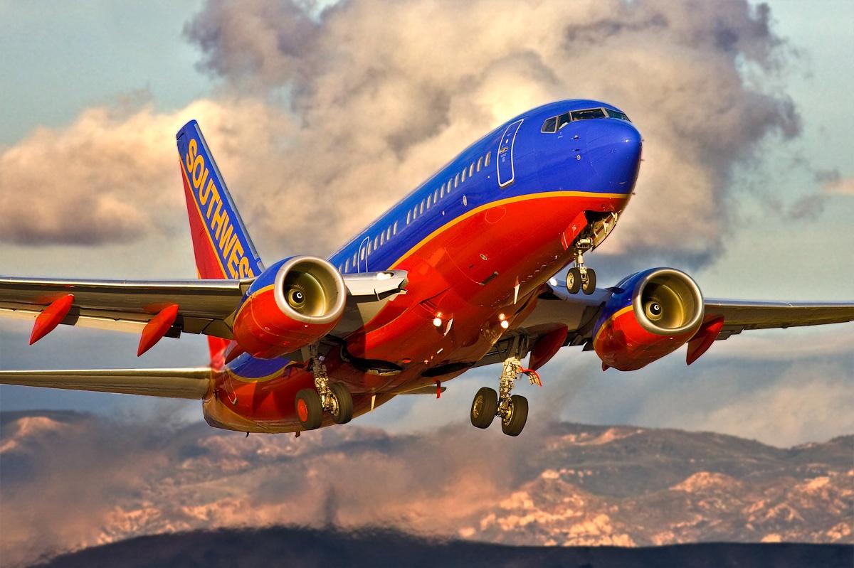 Las cancelaciones de Southwest abarcan 10 vuelos diarios entre Los Ángeles y las ciudades turísticas mexicanas de Los Cabos, Puerto Vallarta y Cancún